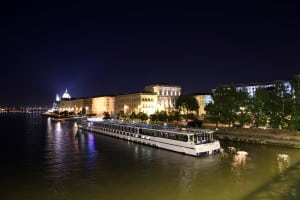 boat in budapest