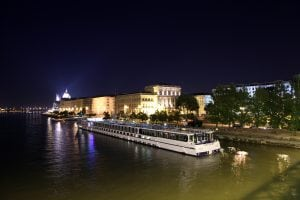 boat in budapest